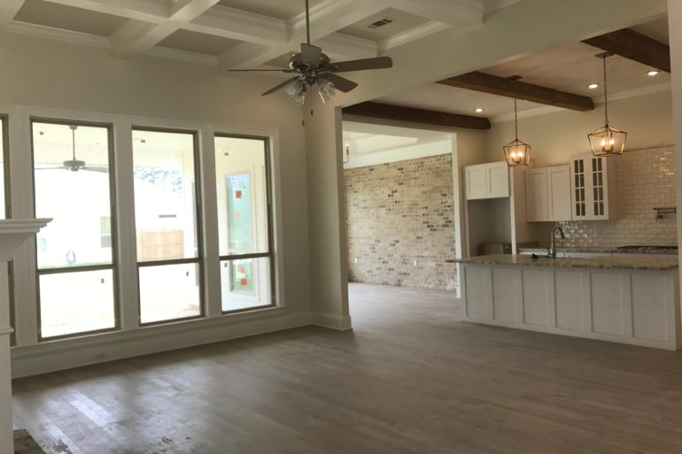 madisonville home for sale living